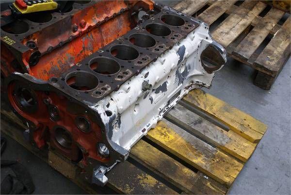 DEUTZ BF6 L913CBLOCK ekskavatör için silindir bloğu
