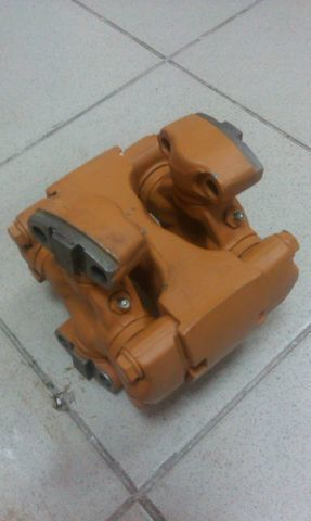 yeni buldozer için soedinitelnaya (universalnaya) mufta SHANTUI SD13 vites