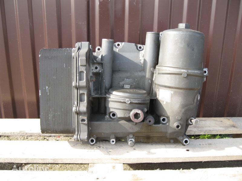 DAF XF 105 tır için CHŁODNICZKA OLEJU Z PODSTAWĄ yağ filtresi